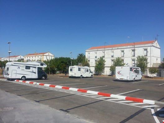 Movemerida duplica las plazas de parking para autocaravanas