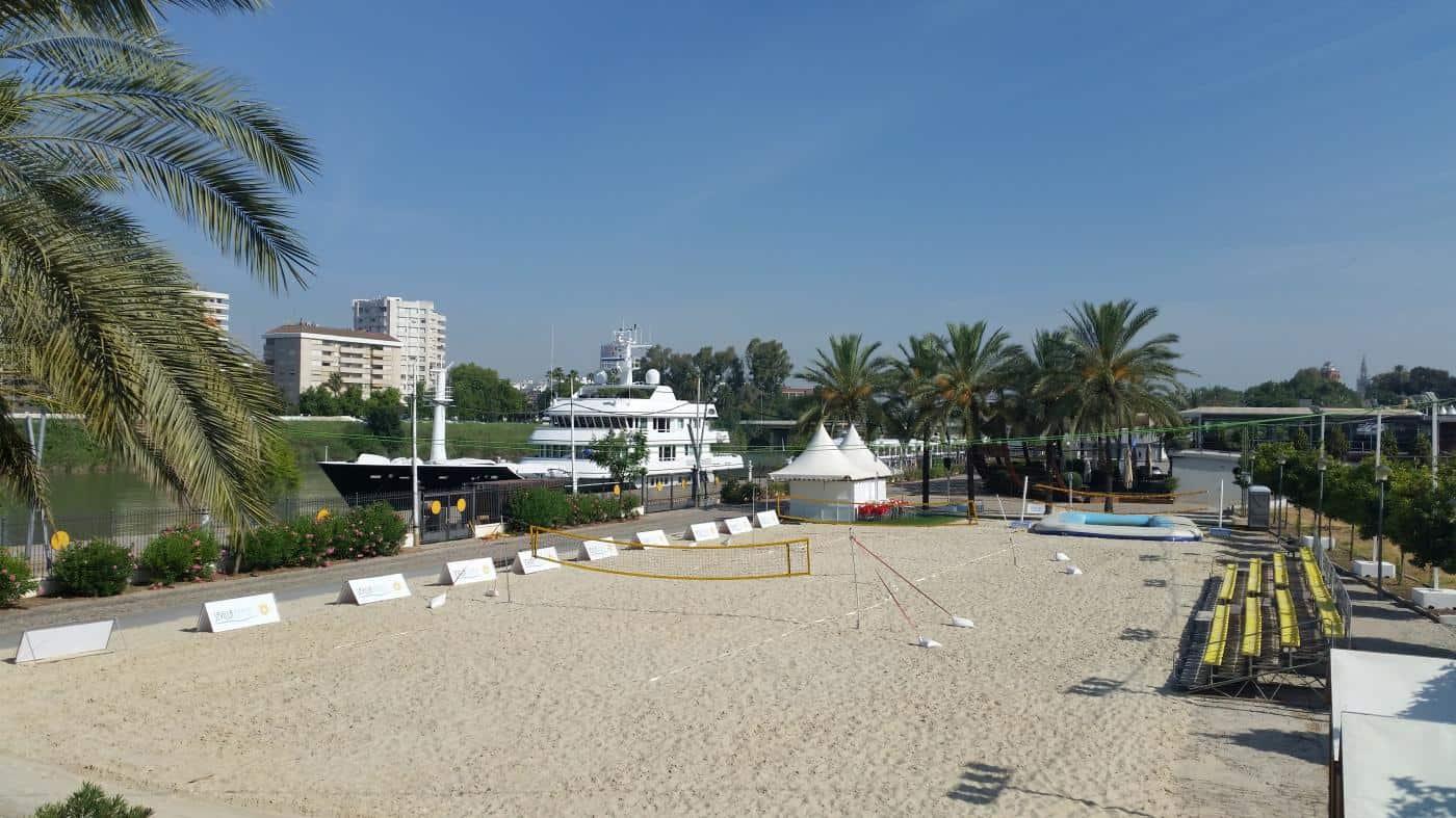 La plage de Séville, à côté de la zone de rv