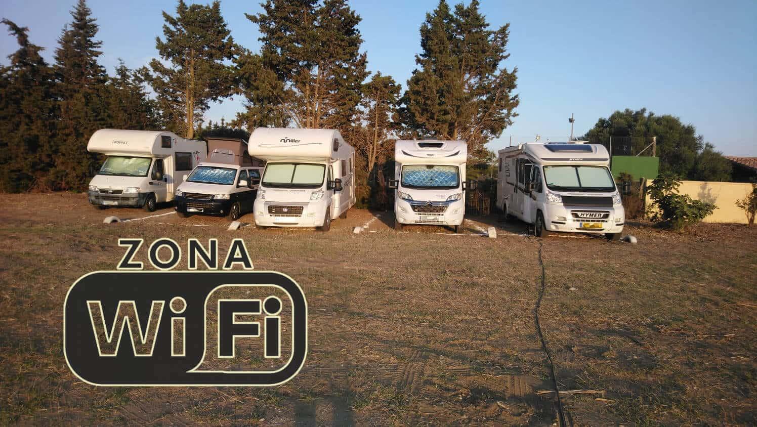 L'Aire de camping-cars de Zahora – Los Caños de Meca avec Wifi gratuit